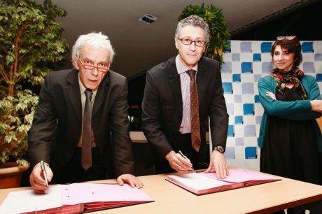 Signature d'une convention de partenariat entre l'université de La Rochelle et l'Espace Mendès France