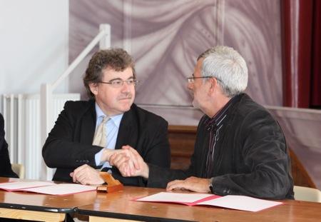 Signature d'une convention de partenariat avec le musée de Rauranum