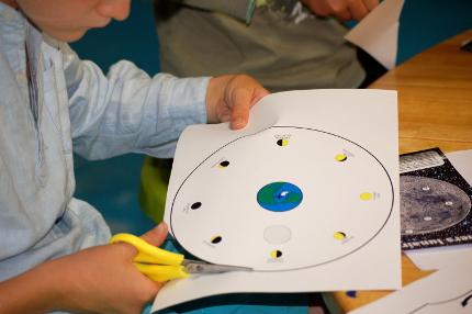 P 05 – Les phases de la Lune et ses cratères
