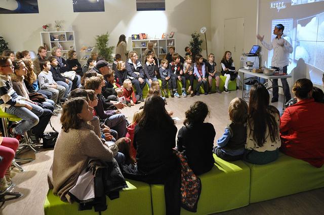 L'accueil des groupes scolaires et de centres de loisirs à l'EMF pour la Fête de la science