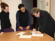 Signature de la convention de partenariat avec Inter'Signes