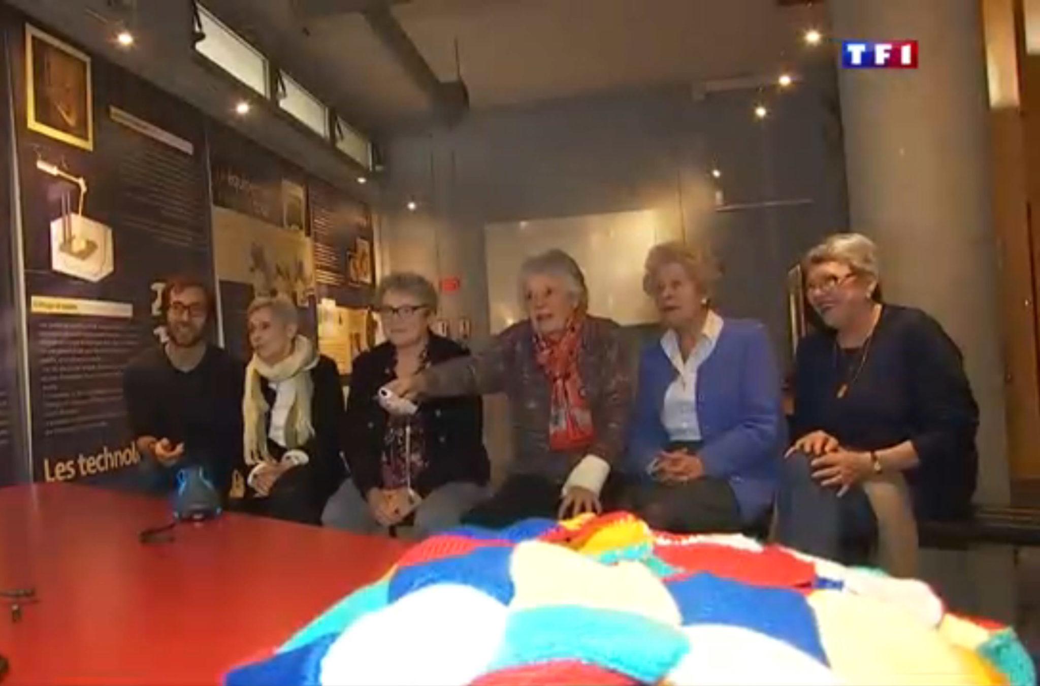 La clique des mamies connectées sur TF1