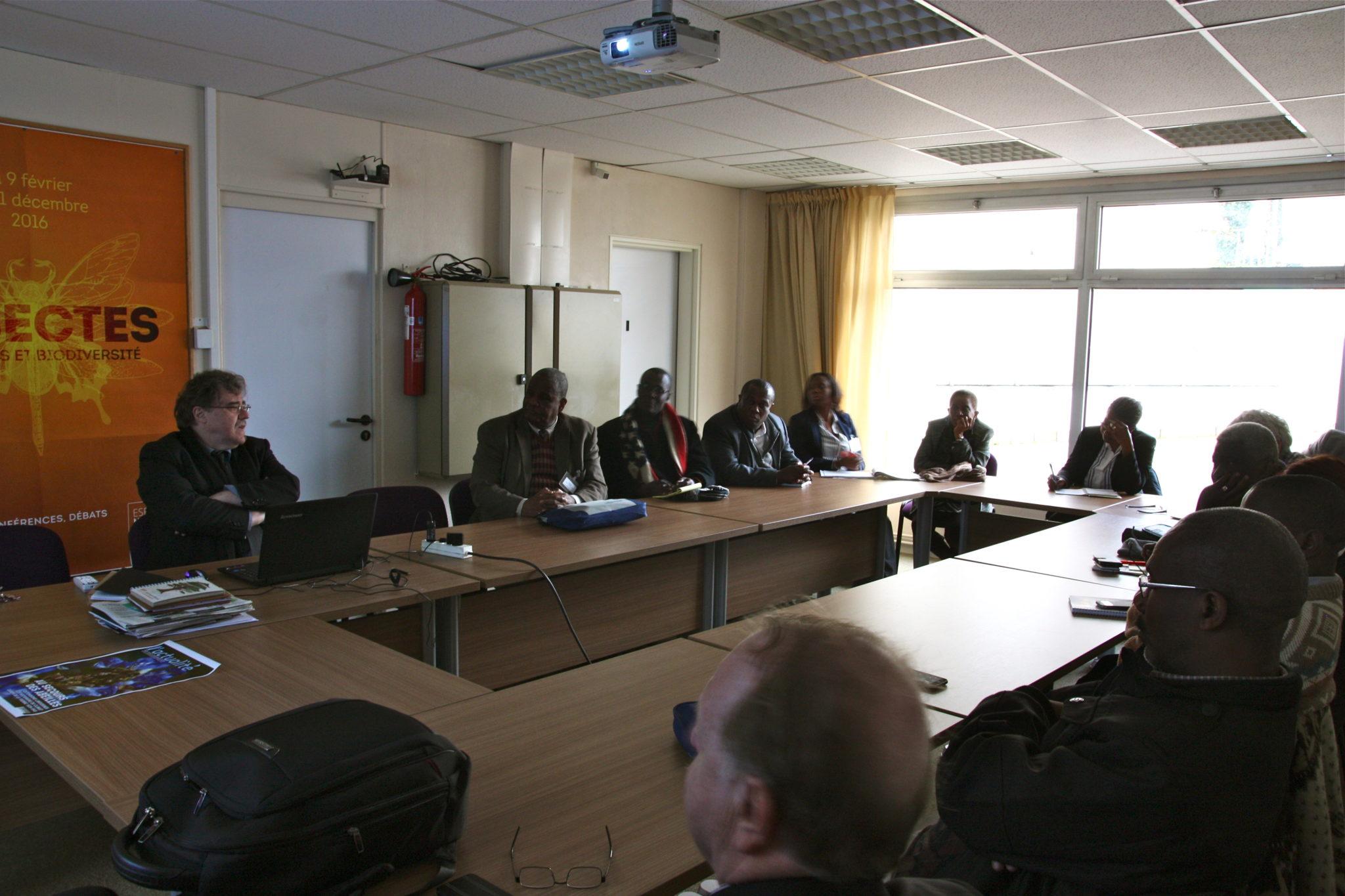 Délégation haïtienne à l'Espace Mendès France
