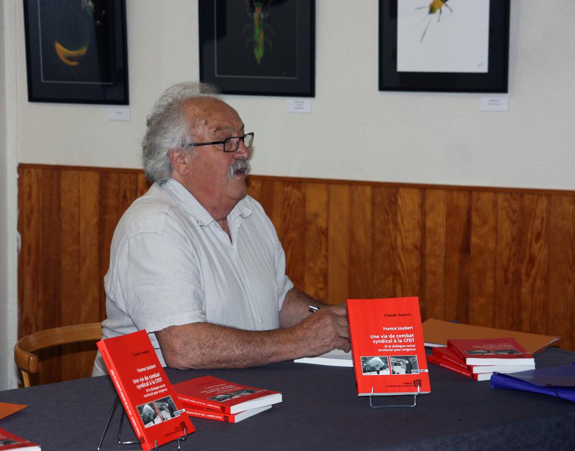 Succès pour le lancement du livre de France Joubert