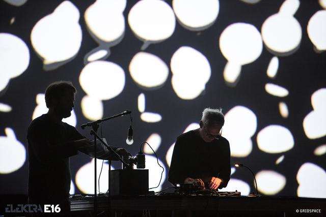 SINN + FORM // Pierce Warnecke (US/FRA) et Franck Bretschneider (DEU)