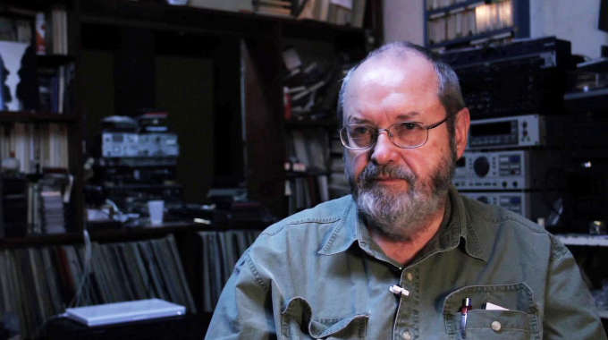 Phill Niblock – Movement of people working