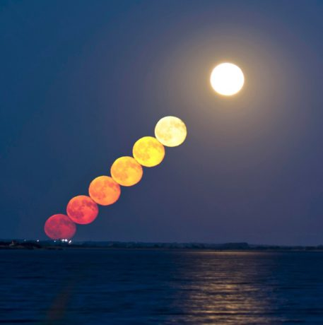 Séquence d'un lever de Lune par Guillaume Cannat